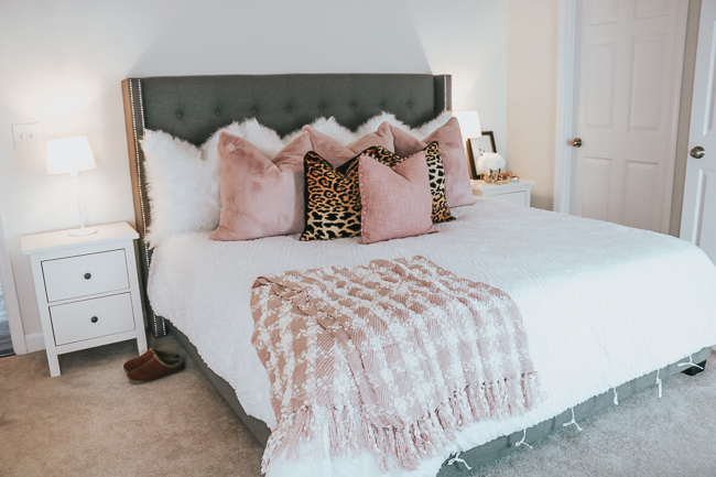 king size tufted bed