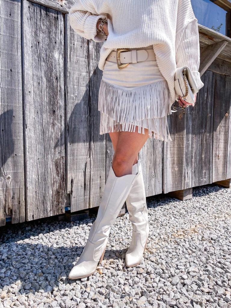 fall comfy country concert look