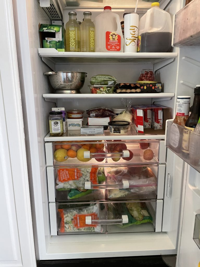 , Let's Look: Inside our Fridge & Pantry!