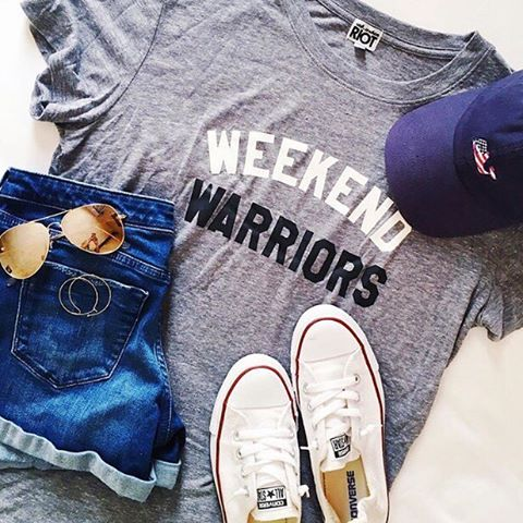 Saturday Vibes 😎 This tee is finally available online & fully stocked! Have a great day, friends! // #sugarplumstyle http://liketk.it/2p1LR