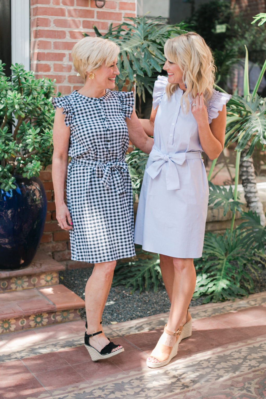 gibson hi sugarplum collection nordstrom flaminco SL ruffle siv woven dress in black gingham and white